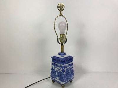 Contemporary Asian Blue And White Table Lamp Without Shade