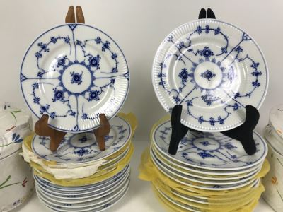 Set Of Royal Copenhagen Denmark Blue And White China Dishes Plates 6' And 6.5' With Storage Containers Apx 25 Pieces