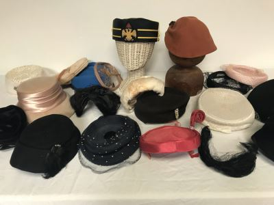 (19) Vintage Women's Hats And Military Hat