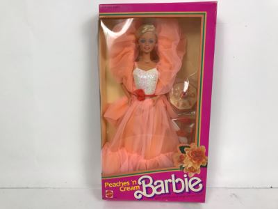Vintage 1984 Barbie Mattel Peaches 'N Cream New In Box 7926