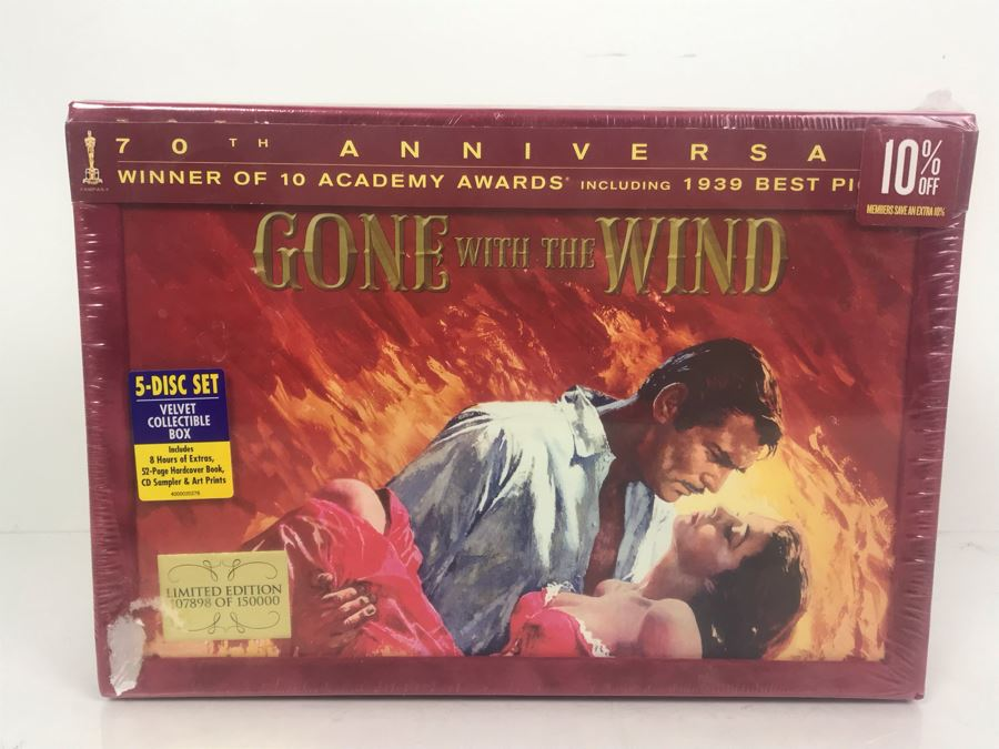 Sealed Gone With The Wind Limited Edition DVD Box Set With Velvet Collectible Box, Book And Art Prints [Photo 1]