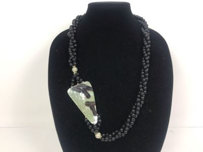 Ladies Vintage Inlaid Necklace