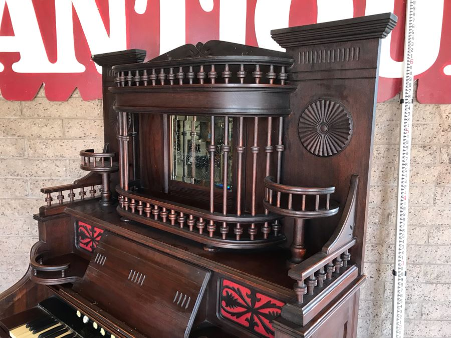 Working Antique Victorian Parlor Pump Organ Estey Organ Co