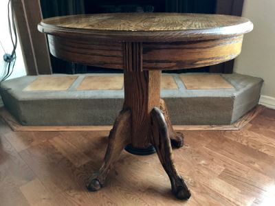 Vintage Round Oak Side Table With Ball And Claw Feet