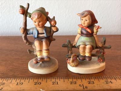 Pair Of Vintage German Hummel Figurines: Apple Tree Boy 142 3/0 And Just Resting 112 3/0 1938