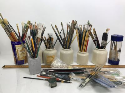 Huge Supply Of Artist's Brushes From Local Plein Air Painter Donald 'David' Ainsley's Estate