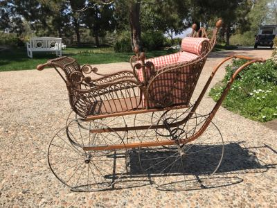 Antique Victorian Wicker Pram Baby Carriage Stroller With Metal Wheels 44'H X 24'W X 60'L