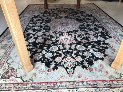 Wool Persian Area Rug 9' X 69'