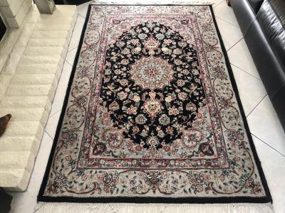 Wool Persian Area Rug 77' X 48'