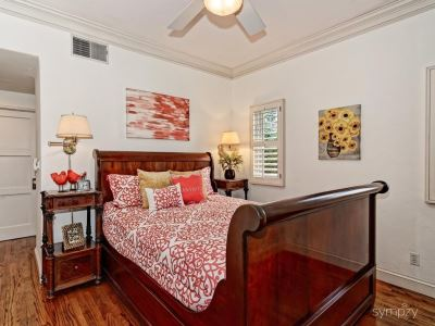 CORRECTION QUEEN SIZE - Gorgeous Mahogany Wood Ralph Lauren Henredon QUEEN Sleigh Bed - Very Heavy - Missing Hardware Screws