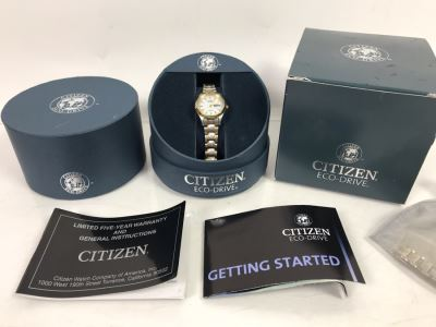 Ladies Citizen Eco-Drive Watch With Case And Manual WR100 EW3144-51A