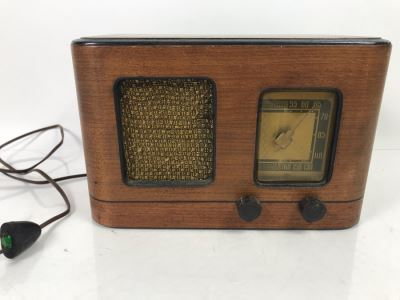 Vintage General Electric Art Deco Wooden Case Tube Radio Untested 11.5' X 7'