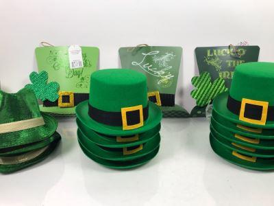 (3) New Hanna's Handiworks Metal Irish Hat Hangers, (9) Irish Top Hats And (3) Irish Fedora Hats Retails $174