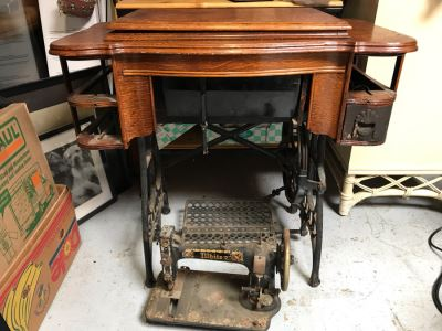 Antique White Treadle Sewing Machine With Working Cast Iron Base - Cabinet Missing Drawers And White Sewing Machine Needs Work