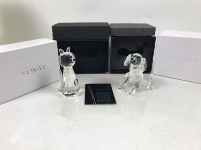 New Galway Irish Crystal Living Figurines: Sitting Cat And Sitting Dog  Retails $75