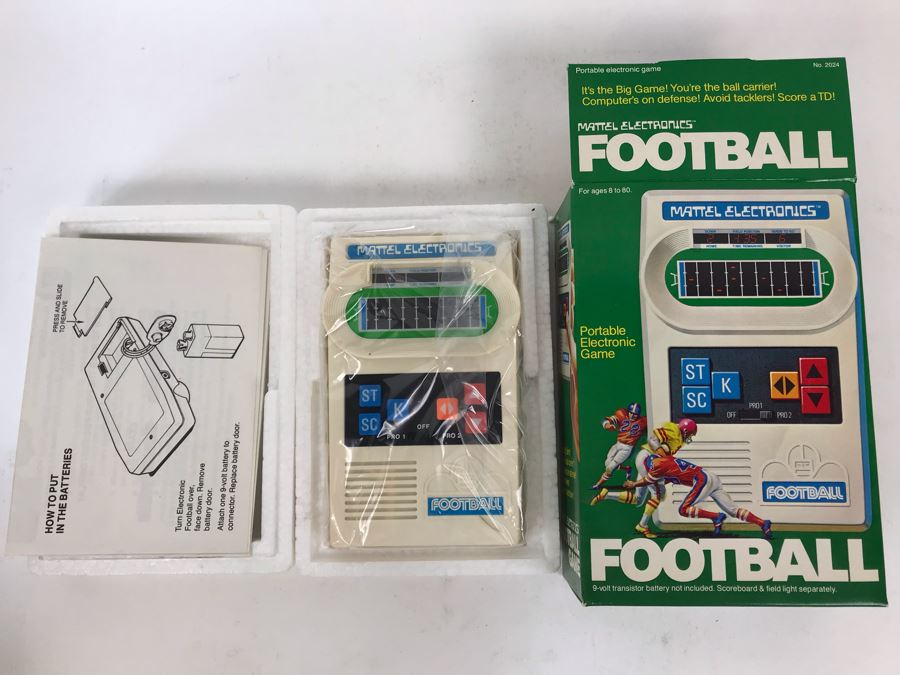 Vintage 1977 New In Box Mattel Electronics Football Game Portable Electronic Game [Photo 1]
