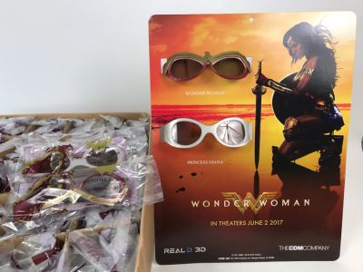 New 2017 Wonder Woman Cardboard Movie Display For Displaying 3D Glasses And Box Of New Wonder Woman And Princess Diana 3D Eyewear Glasses Approximately 100 Glasses