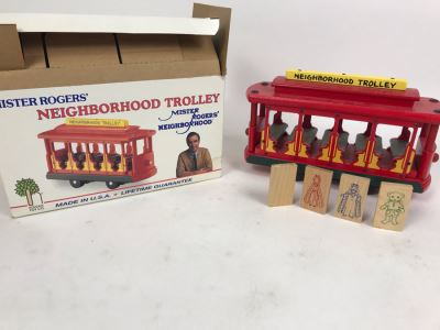 Vintage 1991 Mister Rogers' Neighborhood Trolley Wooden Train New In Box Holgate Toy Company