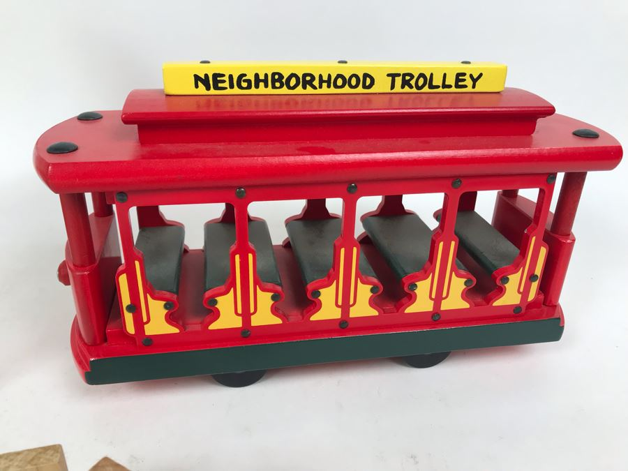 Vintage 1991 Mister Rogers Neighborhood Trolley Wooden Train New In