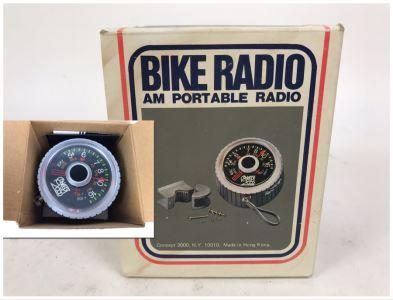 Vintage Concept 2000 Bike Radio AM Portable Radio For Handlebars