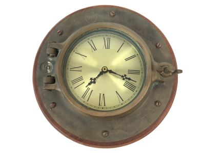 Quartz Clock With Vintage Ship Round Porthole Window Case