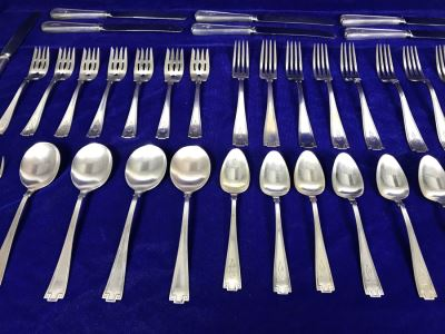 Antique Gorham Sterling Silver Flatware 39-Piece Set 981g Of Sterling Not Including Knives
