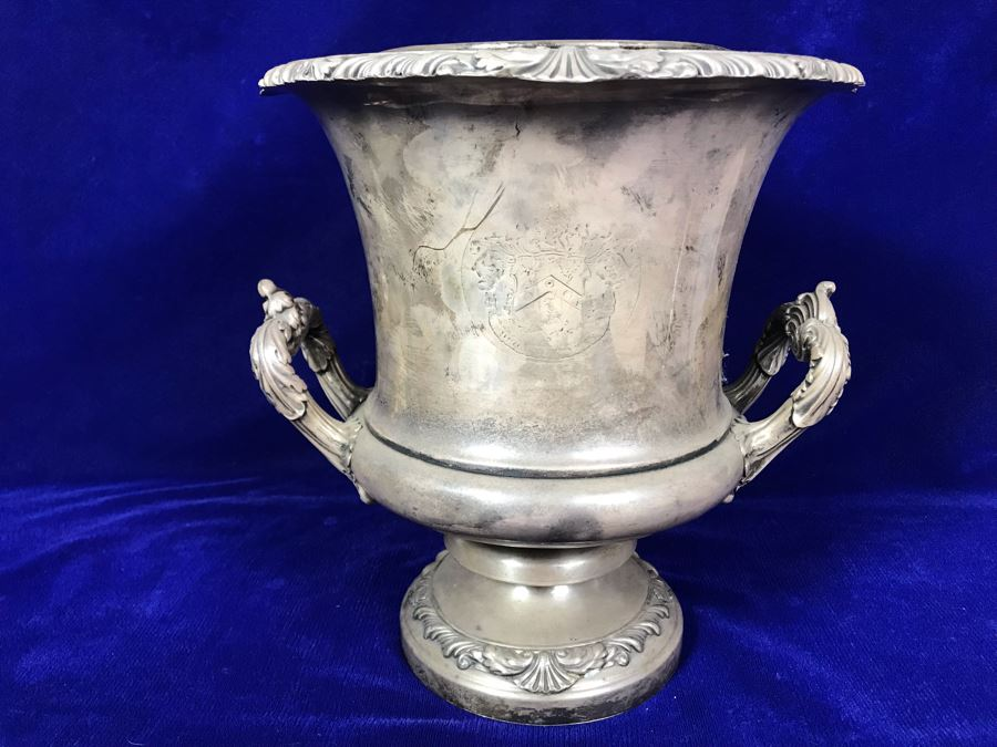 Antique Champagne Bucket Bearing Coat Of Arms 9.5'H [Photo 1]