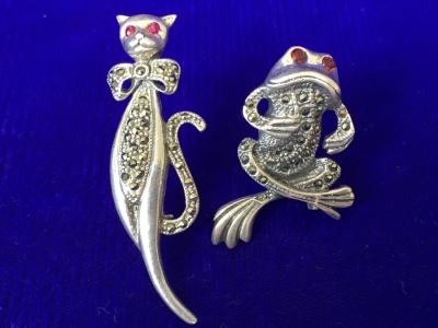 Vintage Sterling Silver Signed Cat And Frog Brooch Pin 15.8g