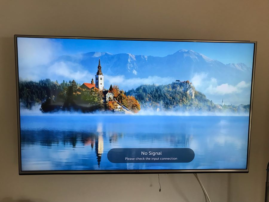 LG 65UH6150: 65-inch 4K UHD HDR Smart LED TV With Metal Wall Mounting Bracket Retails For $1,690 [Photo 1]