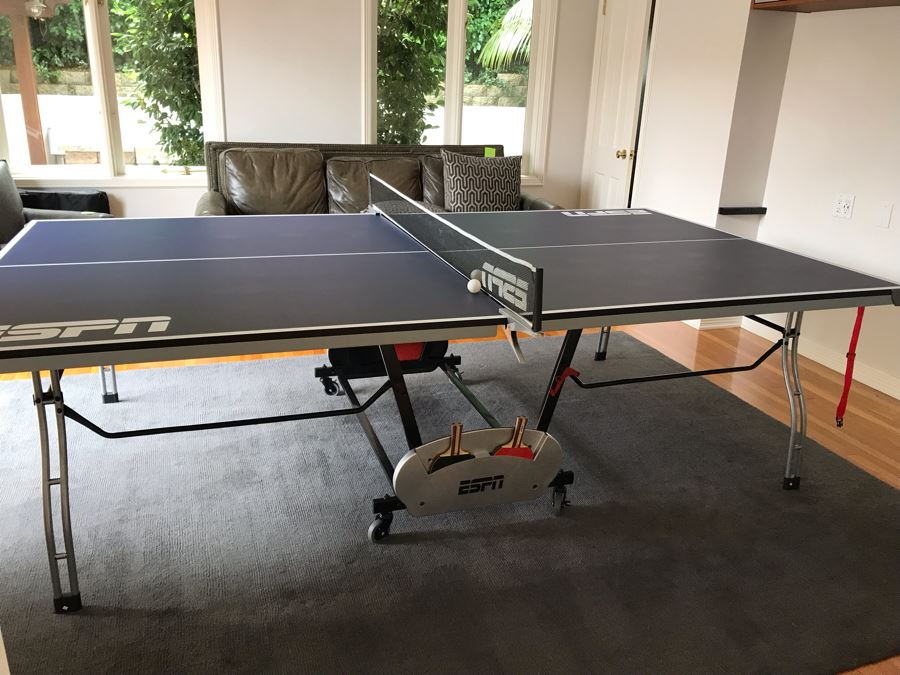 ESPN Folding Portable Ping Pong Table With (4) Paddles And Balls 108L X 60W X 36H [Photo 1]