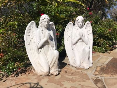 Pair Of Resin Garden Statuary Angels 22'H