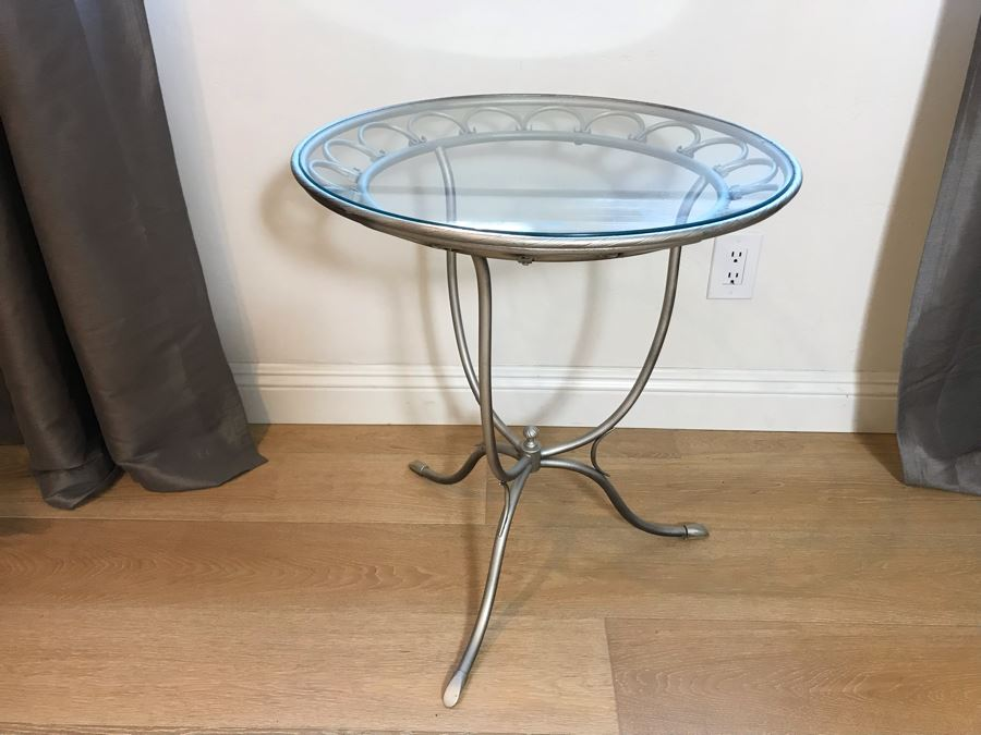 Silver Metal Round Cafe Side Table 23'R X 25'H [Photo 1]