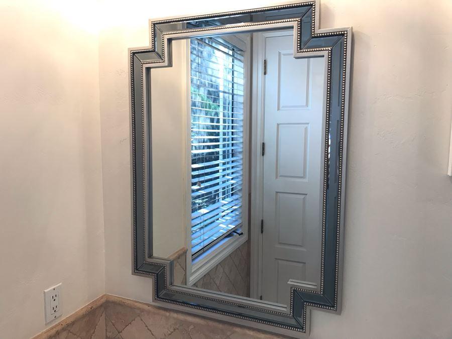 Modern Wall Mirror 30' X 40' [Photo 1]