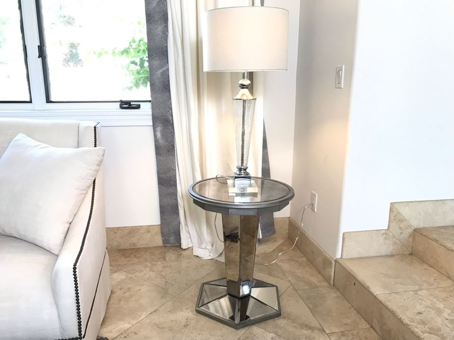 Contemporary Mirrored Side Table 20'W X 24'H With Glass And Chrome Modern Table Lamp