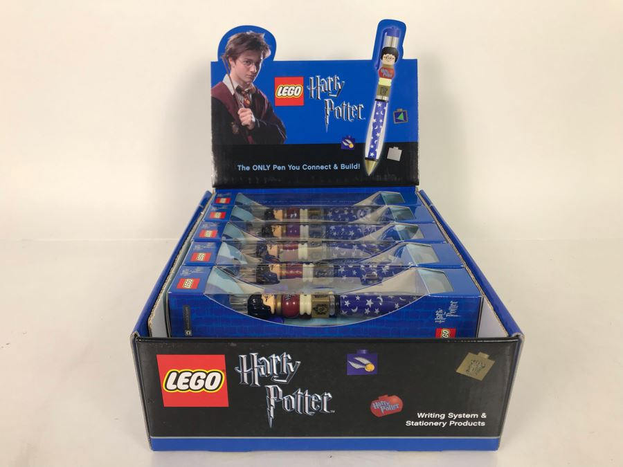 (11) New LEGO Harry Potter Collectible Pens With Store Display Merchandiser [Photo 1]