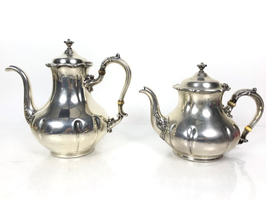 JUST ADDED - Stunning Vintage Gorham Sterling Silver Coffee Pot (2 1/4) And Teapot (1 3/4) 1,014g TW Sterling [Photo 1]