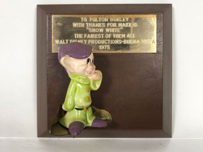 One Of A Kind Vintage 1975 Walt Disney Productions - Buena Vista Fulton Burley Relief Wall Plaque For Helping Promote The Movie 'Snow White' With Snow White Dwarf Figurine 5 X 5