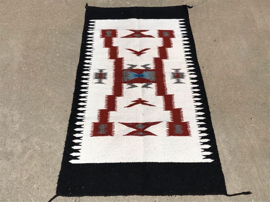 Vintage Navajo Native American Wool Rug 4'10' X 2'5' [Photo 1]