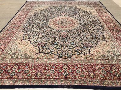 SIGNED Finely Knotted Persian Area Rug 8' X 10'5'