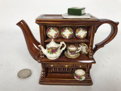 Cardew Designs Teapot OCR Welsh Dresser Featuring Old Country Roses Royal Albert China With Original Royal Doulton Tag 5.5W X 2.5D X 4.5H