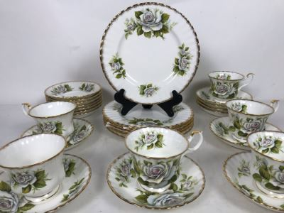 E&R Golden Crown Gold Rim Bone China Rose Queen Series White Swan Cups & Saucers With Plates Apx 27 Pieces