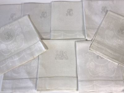 Set Of 9 Elegant Bathroom Towels 40' X 23'