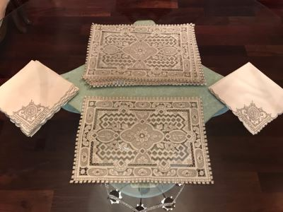 6 Chinese Embroidered Lace Placemats With 6 Matching Napkins
