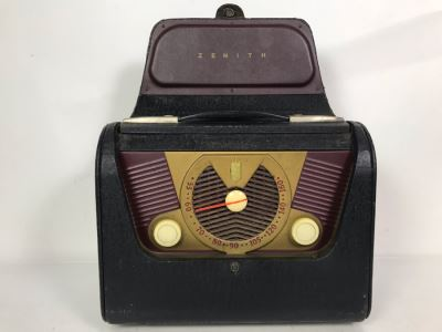 Vintage Collectible Portable Suitcase Zenith Tube Radio Model H503Y Serviced And Working 14W X 6.5D X 11H