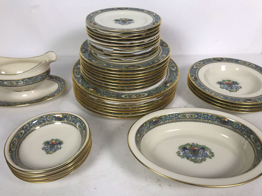 Lenox Autumn Pattern Gold Rim China Set Apx 37 Pieces (Gravy Boat with Attached Underplate Has Replacements Value Of $239 - Entire Set Has Replacements Value Well Over $1,000) [Photo 1]
