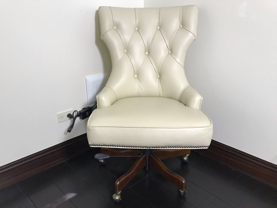 Hooker Furniture Tufted Leather Office Chair With Brass Nailhead Trim Retails $900 [Photo 1]