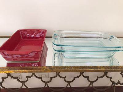 Bakeware Cooking Lot: (2) Glass Pyrex And Tosco Pier 1 Imports Ovenware
