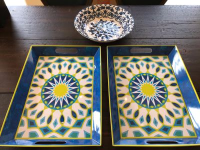 Pair Of Plastic Trays 14 X 19 And Bowl 13.5