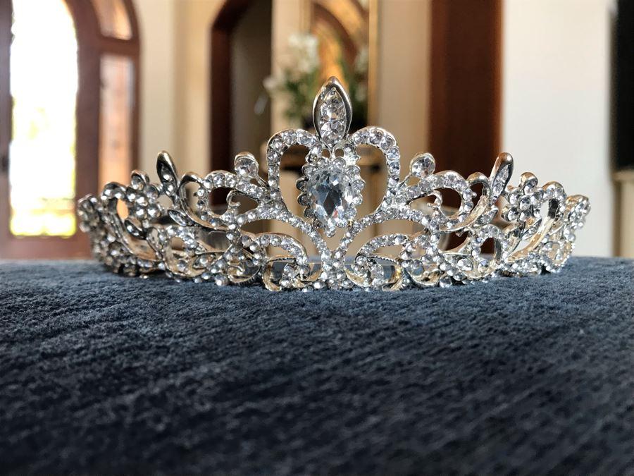 Crystal Tiara Crown [Photo 1]