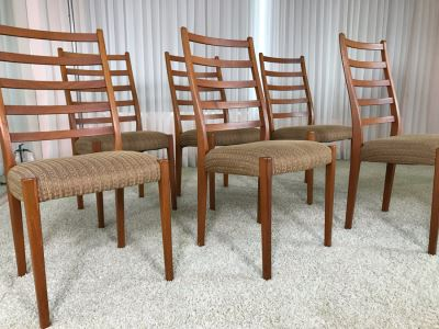 Set Of Six Teak Danish Modern Dining Chairs